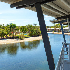 Couran Cove Apartments